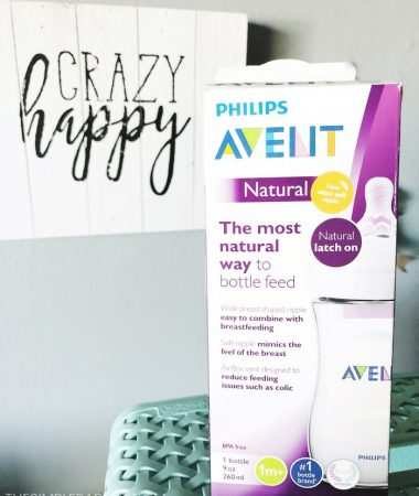 Newborn Gift Baskets - Check out these simple DIY ideas for putting together a feeding themed gift for parents. These ideas work well for girls and for boys, plus they're practical which means your first will get used! You can even go cute while still being practical with the first idea!