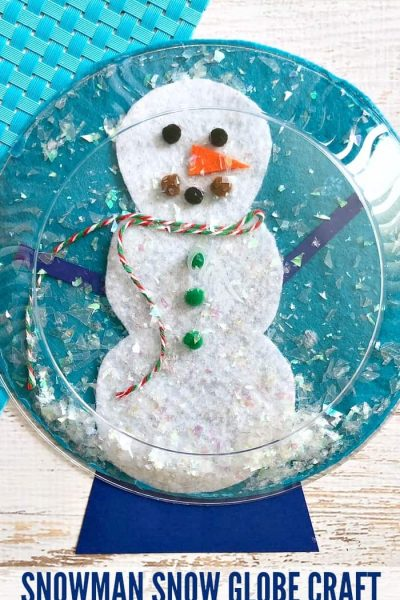 Snowman Snow Globe Craft - This easy DIY craft for kids is perfect for preschool through kindergarten. Older kids can help out too! You can use pom poms, ribbon, and leftover craft supplies to decorate th snowman!