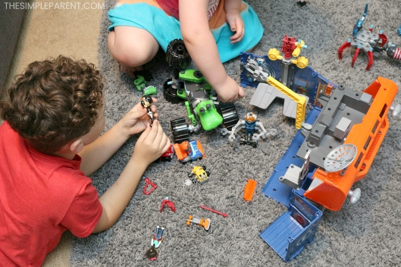 Kids playing with Rusty Rivets toys.