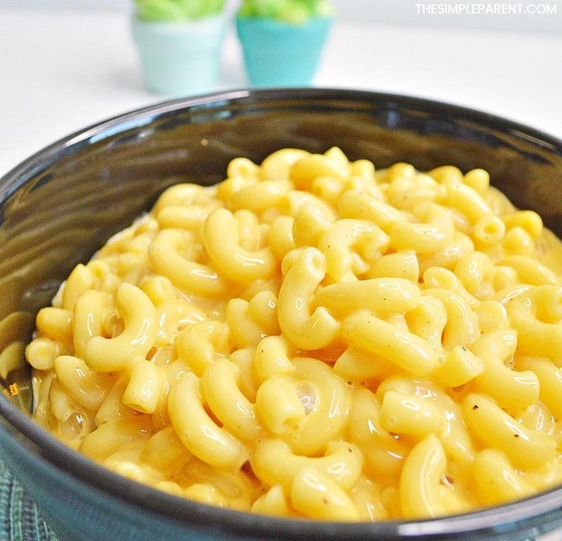 Velveeta Mac And Cheese Recipe That's Easy • The Simple Parent