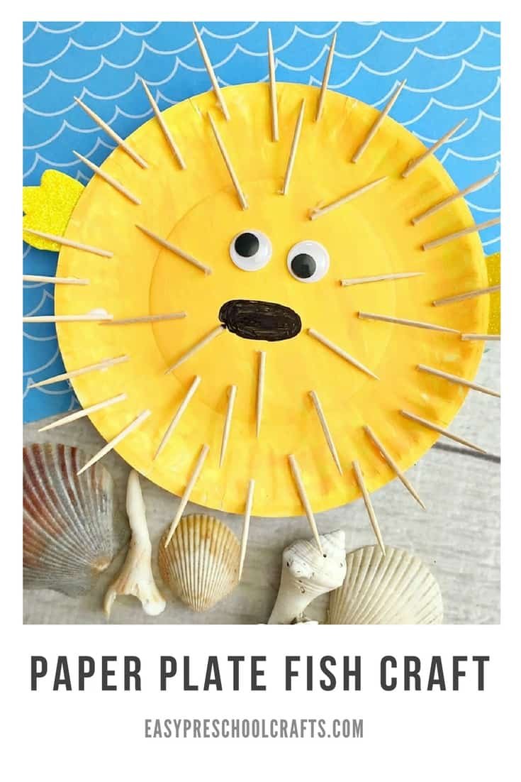 Puffer Fish Paper Plate Fish Craft - Kids love making animals out of paper plates! This puffer fish craft is perfect for toddlers and preschool age and works well for under the sea theme learning. If you're looking for cute ocean crafts, this one is FUN!