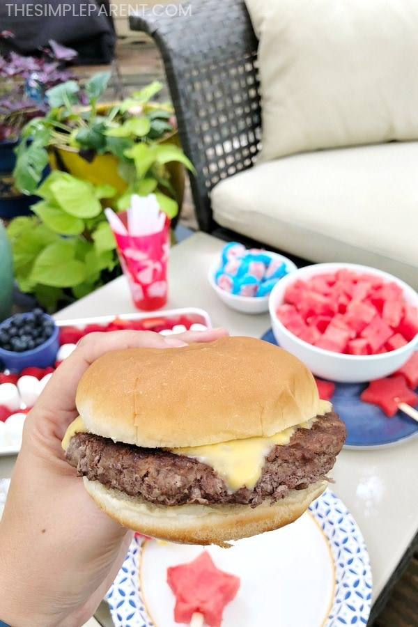 Cheeseburger and other summer foods
