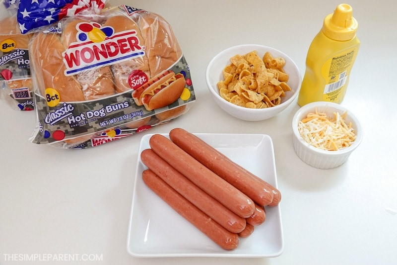 Ingredients to make chili dogs with hot dog chili sauce