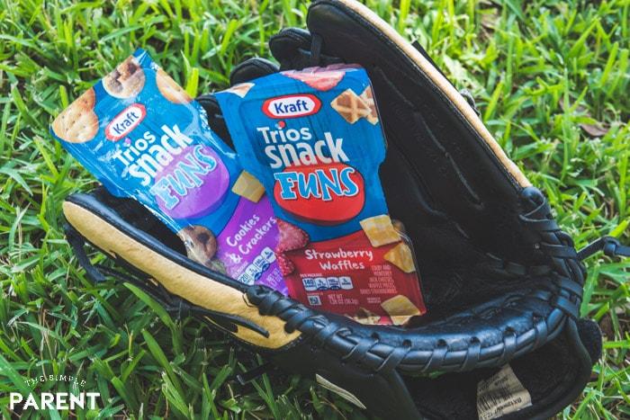 Baseball Snack Ideas: Kraft Trios SnackFUNS in a baseball glove