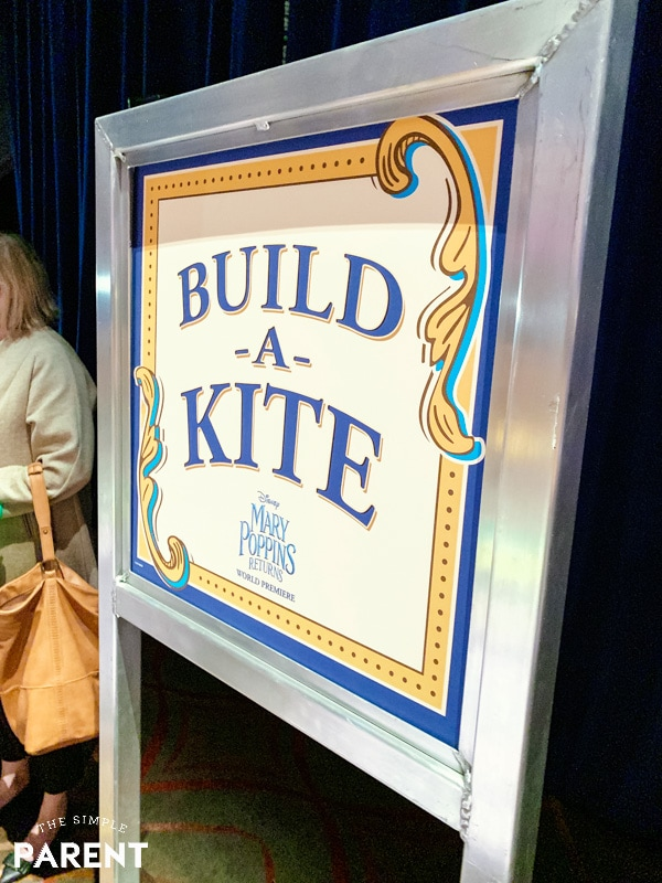 Build a Kite Sign from Mary Poppins premiere