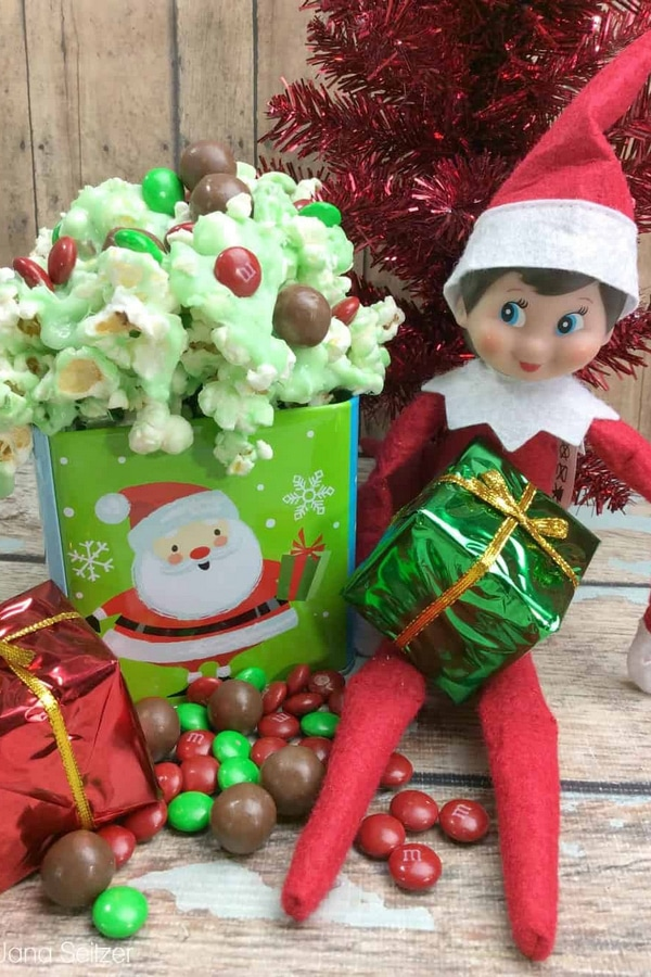 Elf on the Shelf Ideas: Elf Munch Snack Mix