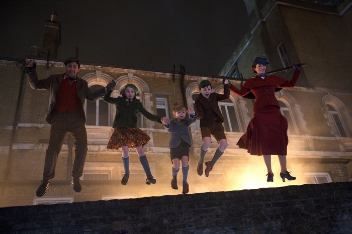 Mary Poppins Returns movie scene
