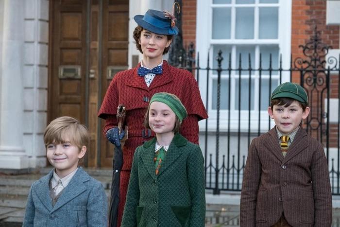 Emily Blunt, Pixie Davies, Joel Dawson in Mary Poppins Returns