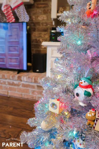 Living room with Christmas Tree and televsion