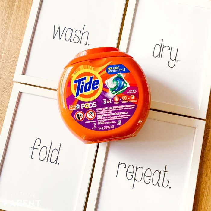 Tide laundry detergent PODS with free printable laundry signs