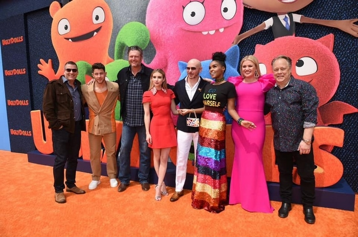UglyDolls director Kelly Asbury with the cast of the movie