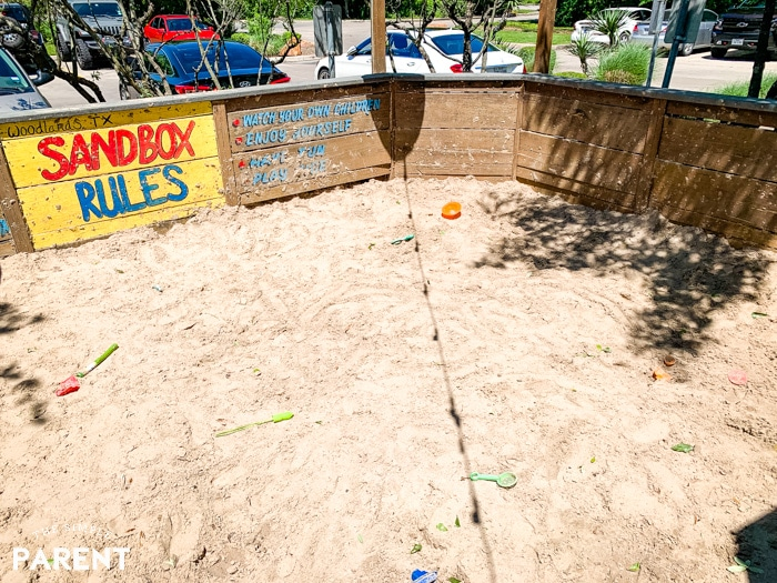 Sandbox at Willie's Grill and Icehouse