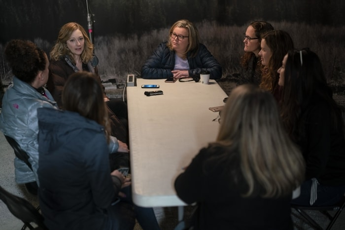 Bloggers interviewing Judy Greer on the set of Playing with Fire