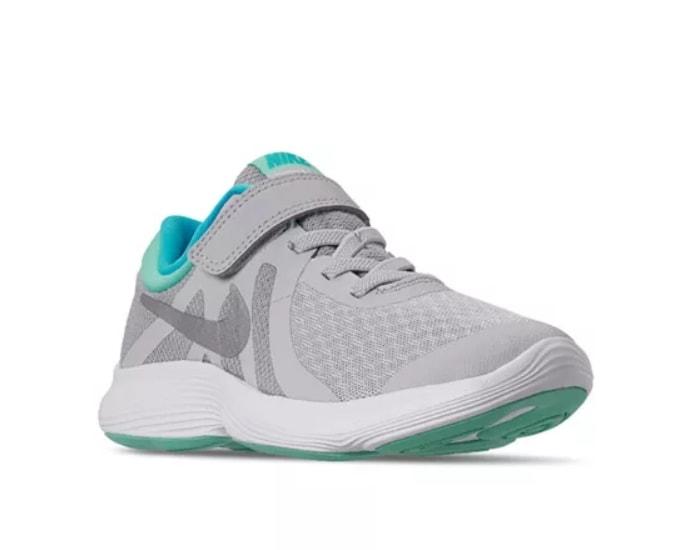 Nike Little Girls Revolution 4 Shoe