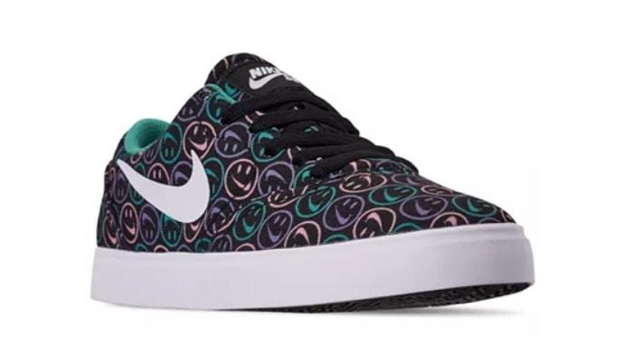 Nike Boys' SB Check Canvas Skateboarding Sneakers