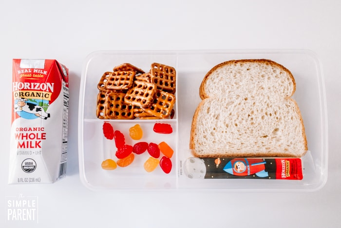 Packed school lunch for elementary school