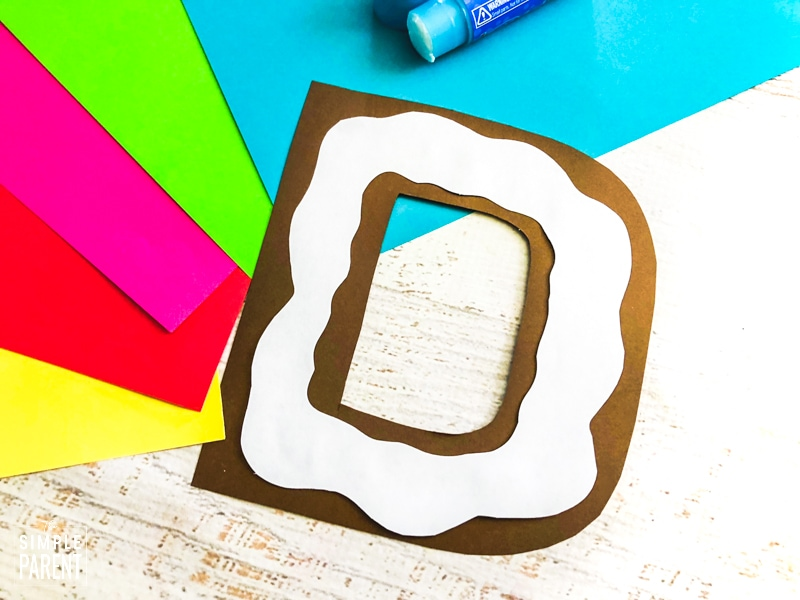 How to make a letter D donut craft