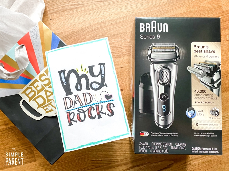 Braun Electric Shaver Series 9 with Printable Father's Day Card and Father's Day gift bag