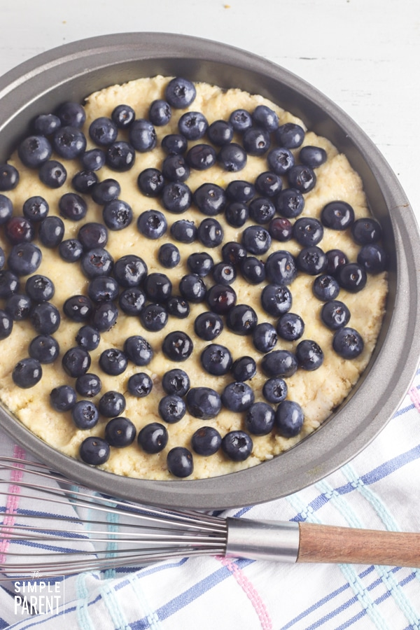 Round coffee cake with blueberries on top