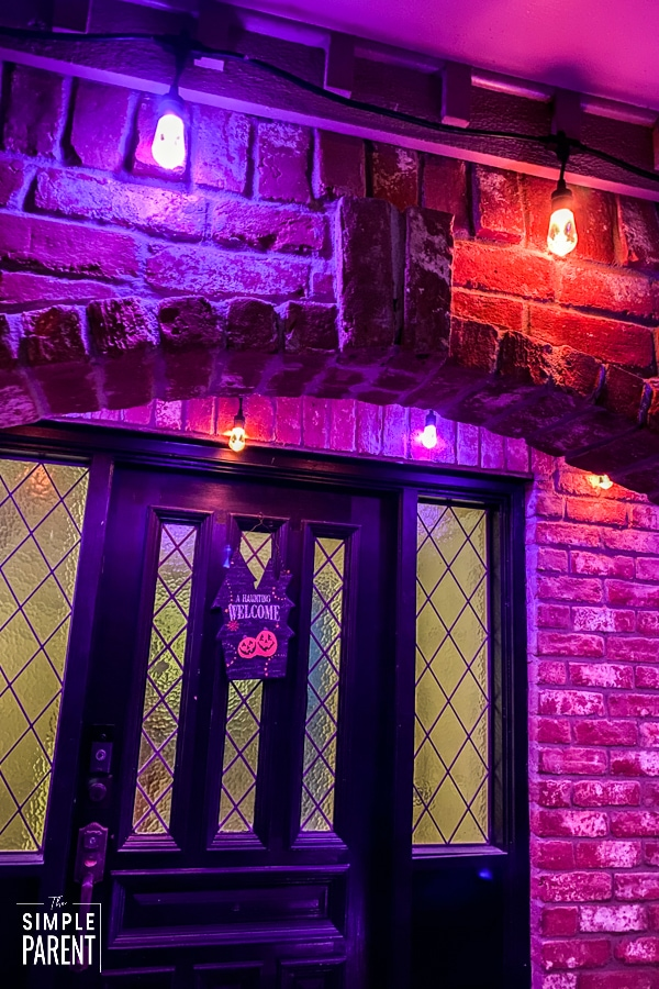 Enbrighten Cafe Lights on Front Entryway
