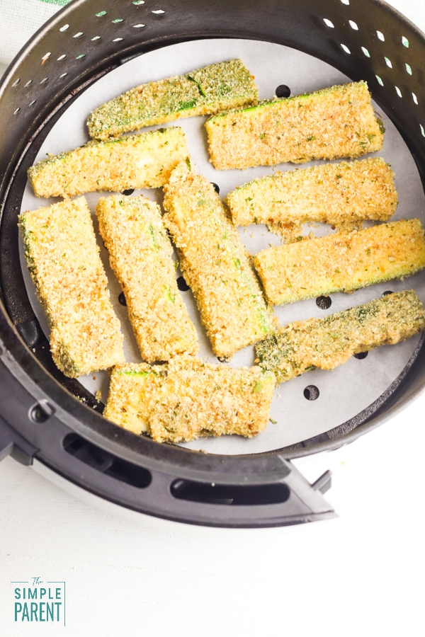 Zucchini in air fryer basket
