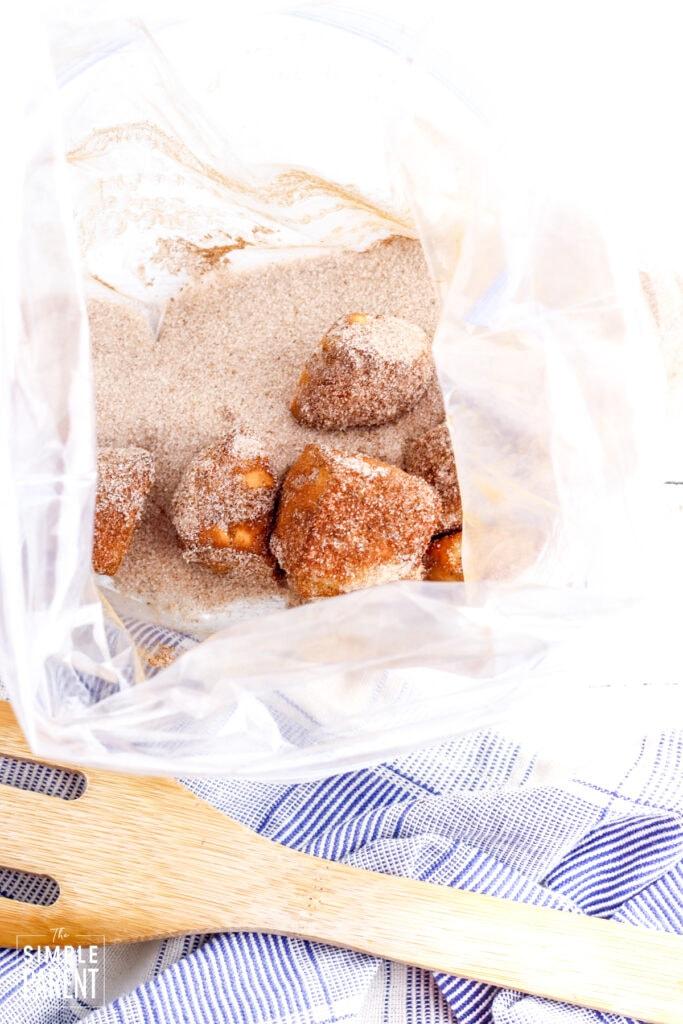 Donut bites in cinnamon sugar