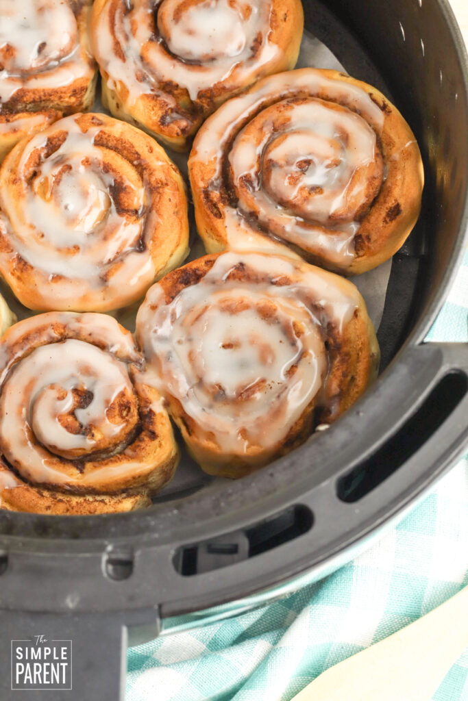 Air fried cinnamon rolls with icing