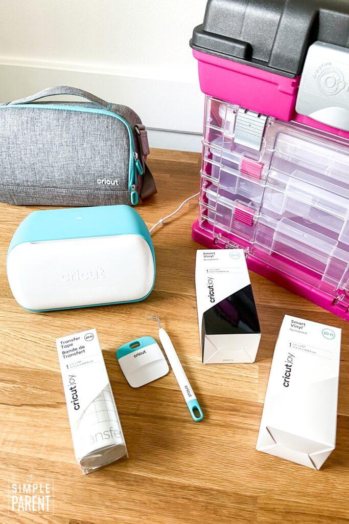 Craft supplies for DIY road trip survival kit